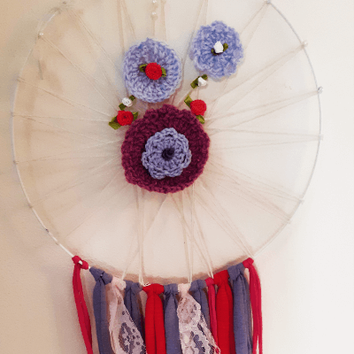Dreamcatcher making